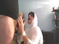 ejac en bouche en hijab