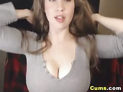 Busty Babe Get Naked and Masturbate on Cam